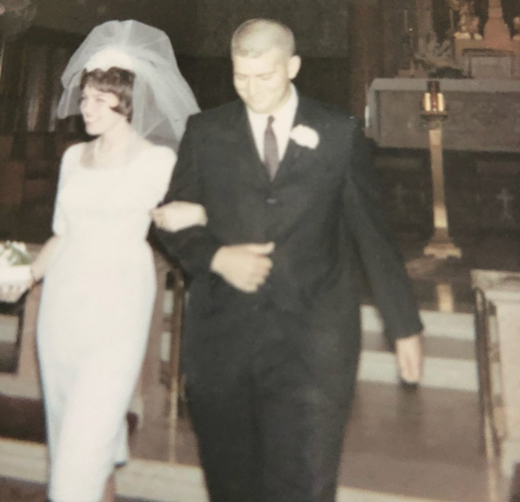 photo of Mike and Maureen Henry on their wedding day